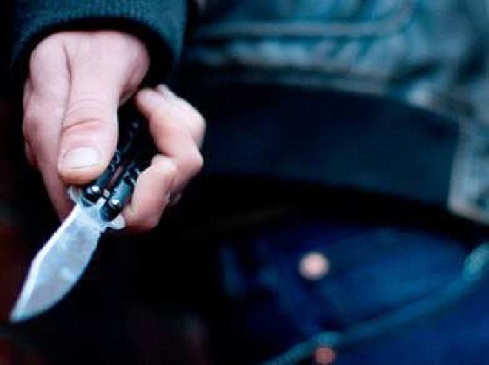 Мужчина нанес ножевые ранения брату в Алматинской области
