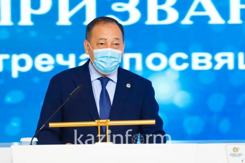 Ералы Тоғжанов: Медицина қызметкерлері 380 мың адамды коронавирустан емдеп шығарды