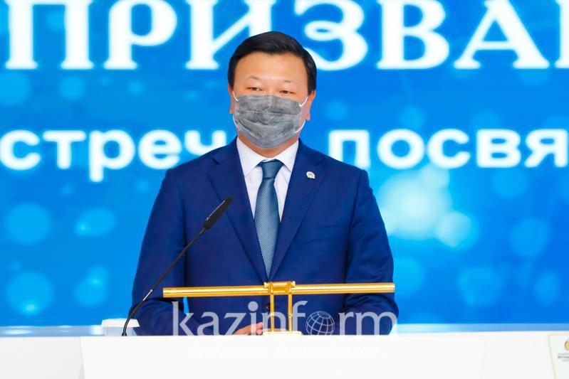 О достижениях казахстанской медицины рассказал министр здравоохранения