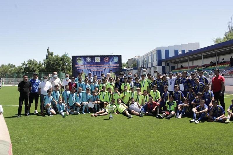 Жамбылцы победили в юношеском чемпионате страны по футболу