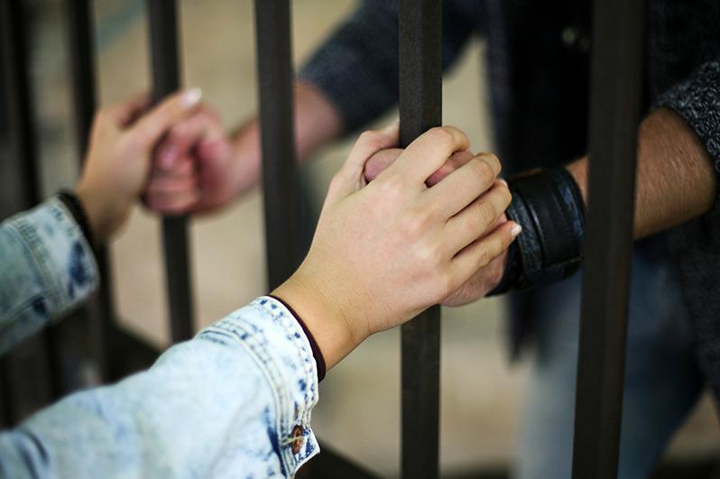 Почему женщины вступают в брак с осужденными – объяснили специалисты СКО