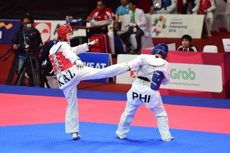 Смайыл Дуйсебай и Жансель Дениз завоевали «серебро» чемпионата Азии по тхэквондо