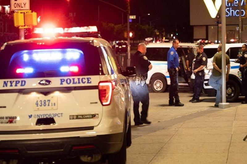 Техас штатында белгісіз біреу полицейлерге оқ жаудырды