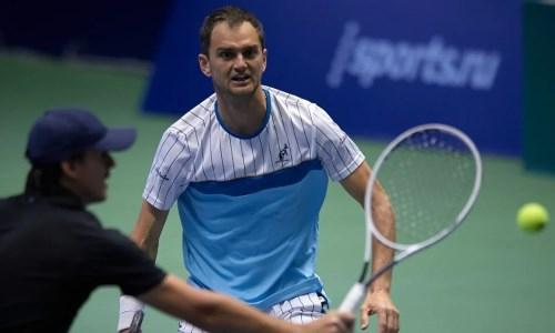 Александр Недовесов пробился в полуфинал парного турнира в Чехии