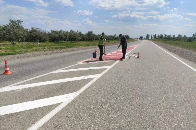 Экспериментальную разметку наносят на дорогах вокруг Костаная