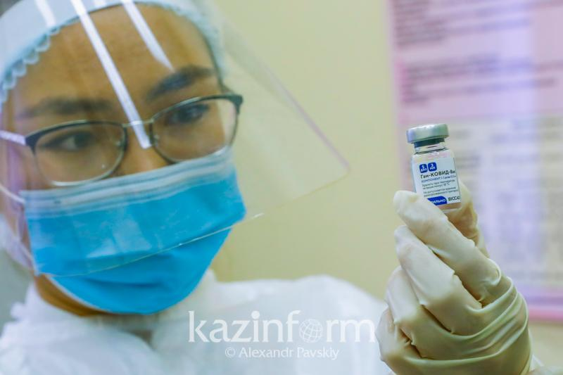 В Атырауской области возобновили вакцинацию вторым компонентом «Спутник V»