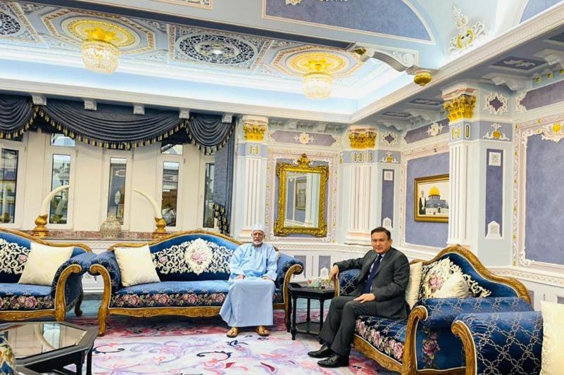 Kazakh Ambassador to Oman meets with former FM