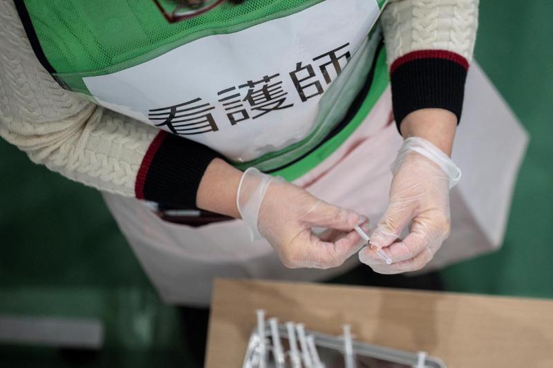 日本政府拟7月发放新冠疫苗接种证明