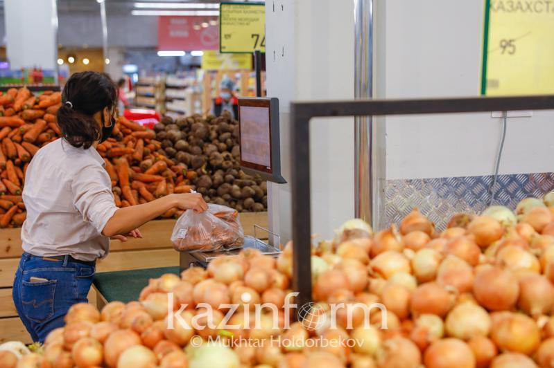 Цены на продукты в Атырауской областистабилизируются в ближайшее время, пообещал аким