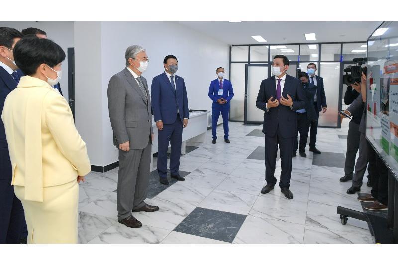 Kazakh President visits outpatient's clinic in Nur-Sultan