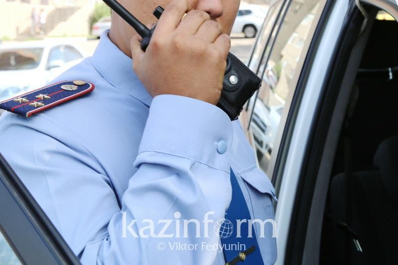 Мужчина пытался спрыгнуть со строительного крана в Туркестане
