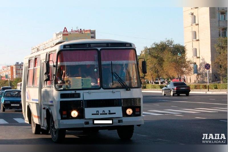 В автобусах Мангистау внедряют электронную платежную систему