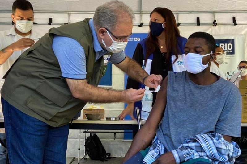 Brazil administers 2.56 million vaccine doses in 24h