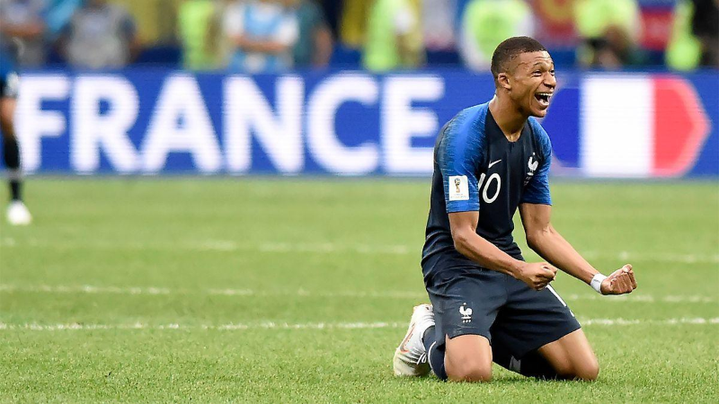 Футболдан Еуропа чемпионаты: Венгрия мен Франция 33 жылдан кейін тең түсті