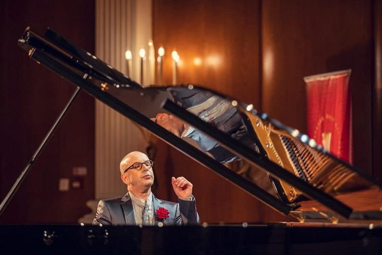 Пианист просил не танцевать: как прошел второй концерт фестиваля искусств «Астана кештері»
