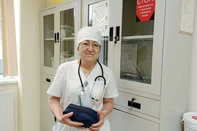 Несмотря на трудности, я не хотела менять профессию - медсестра из Алматы