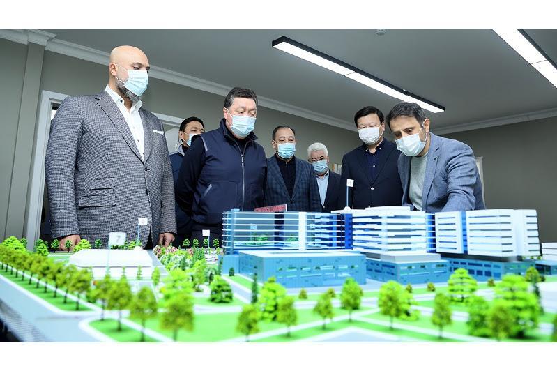 Аскару Мамину доложили о внедрении новых стандартов развития инфраструктуры здравоохранения