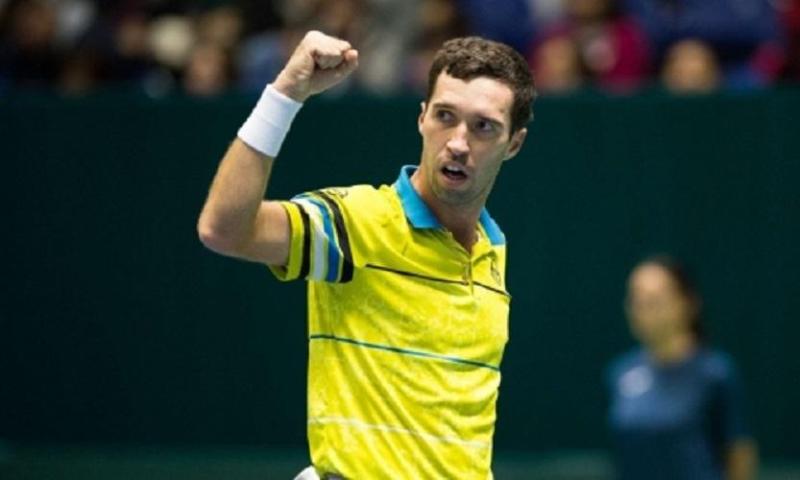 Казахстанский теннисист пробился в основную сетку ATP 250 в Истбурне