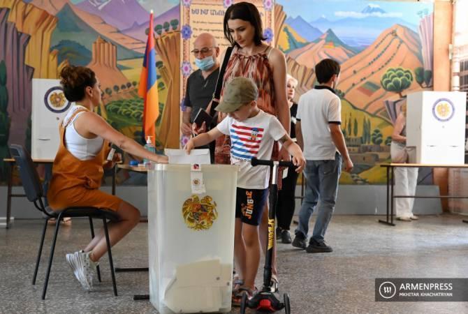 Арманистондаги парламент сайловларида сайловчиларнинг 49,4 фоизи овоз берди