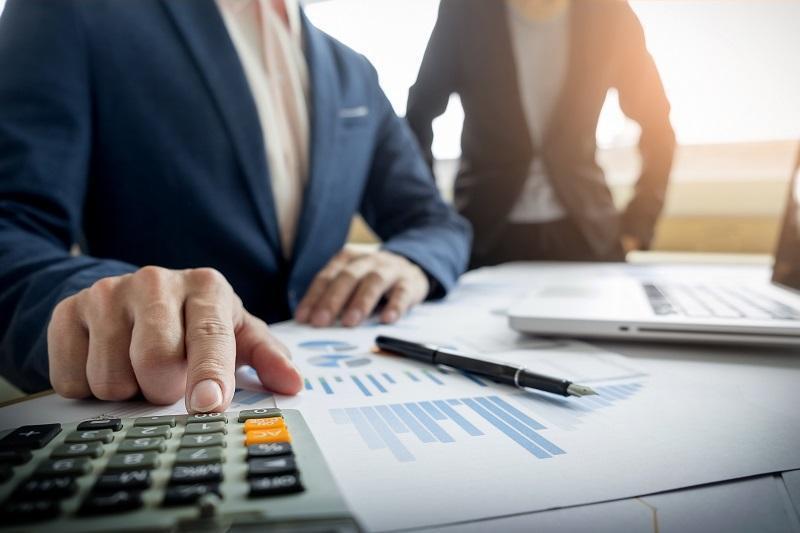 Кто должен платить налоги в счет будущих платежей, объяснили в Минфине