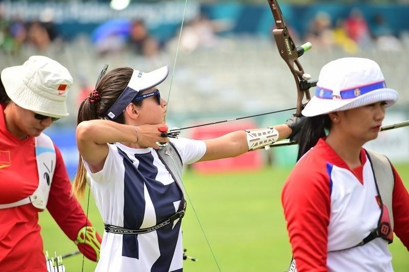 Казахстанки уступили на турнире по стрельбе из лука в Париже