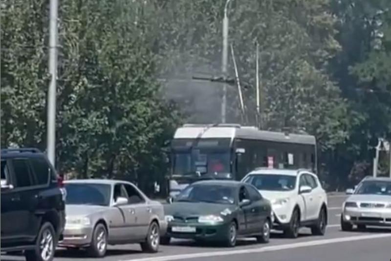 Задымление троллейбуса произошло в Алматы