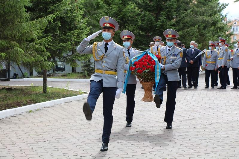 Транспортные полицейские почтили память погибших при исполнении служебных обязанностей коллег