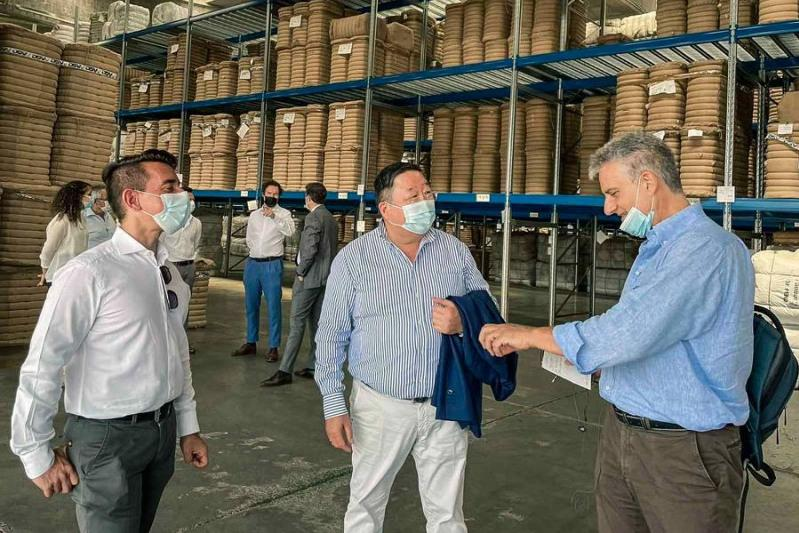 Mongolian cashmere exported to Italy by land