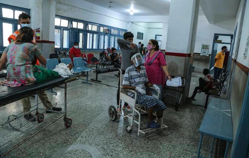 Минздрав Индии озабочен новым штаммом «дельта плюс»