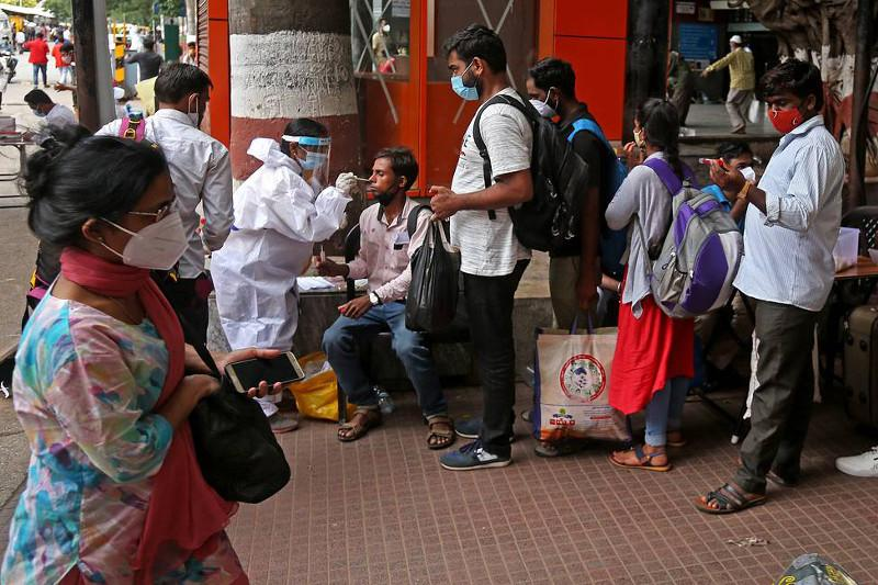 India shows lowest number of coronavirus cases in three months
