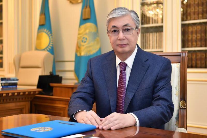 Касым-Жомарт Токаев поздравил госслужащих