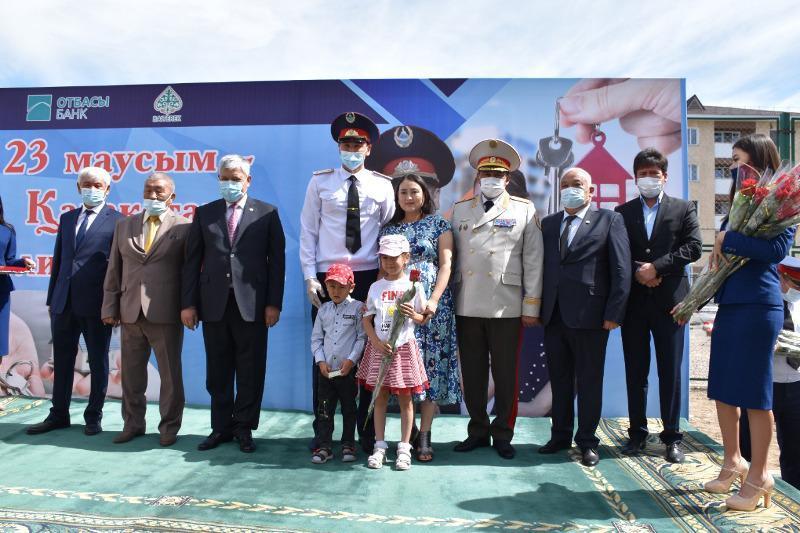 Алматы облысында 60 полиция қызметкері баспаналы болды