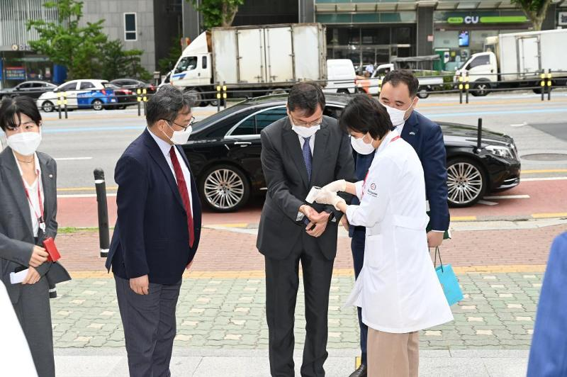 Kazakhstan and South Korea deepen cooperation in field of medicine