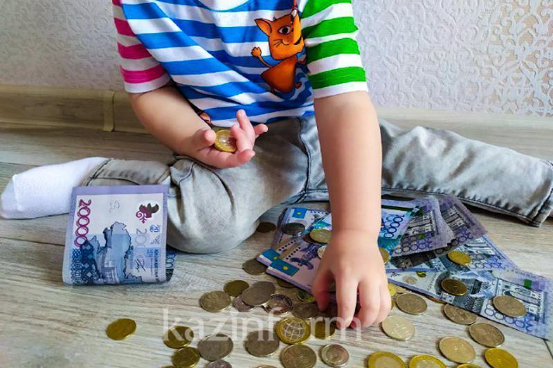Более 400 млн тенге задолжали своим детям алиментщики в СКО
