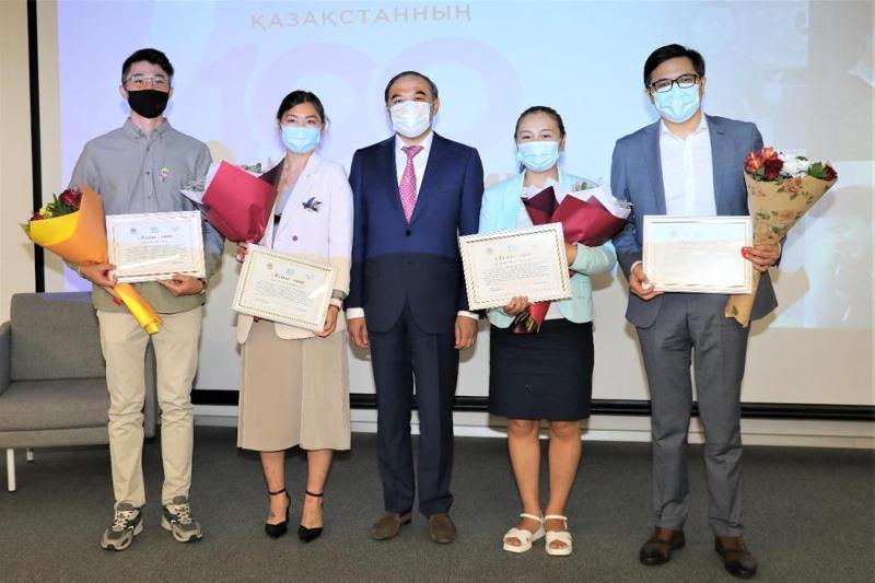 Финалистов проекта «100 новых лиц Казахстана» наградили в Алматы