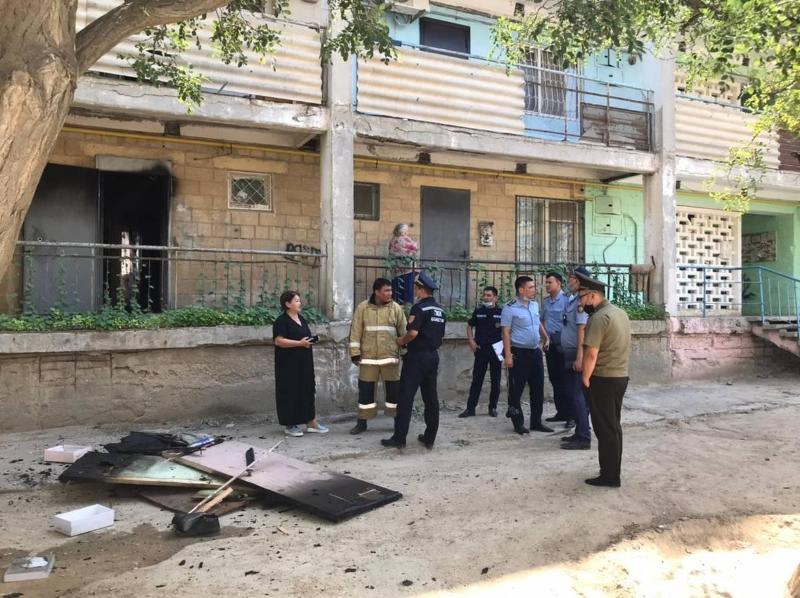 30 человек эвакуировали из-за пожара в жилом доме в Актау