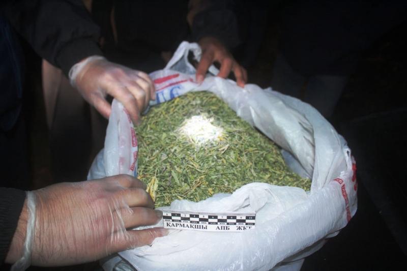 Шу тұрғындарының көлігінен 100 келіге жуық марихуана табылды