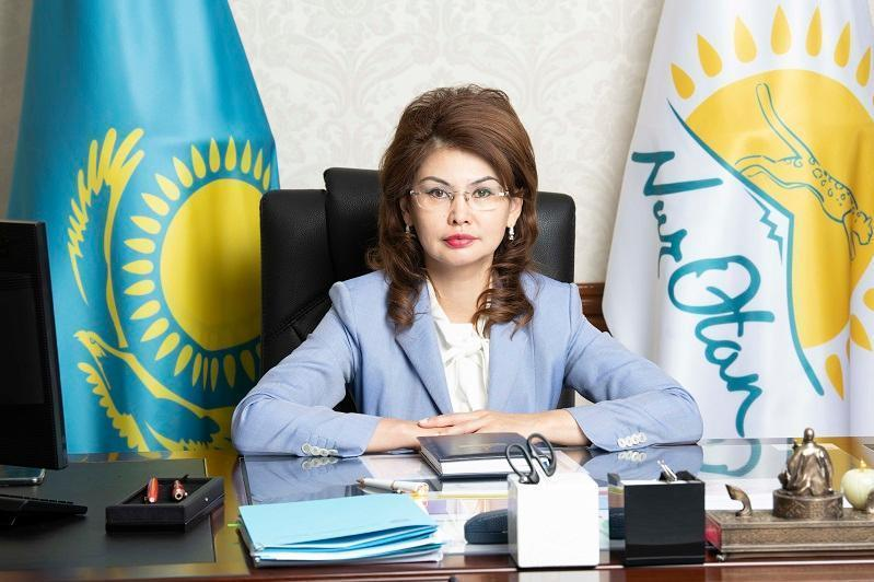 Minister Balayeva thanks mass media workers for staying true to profession