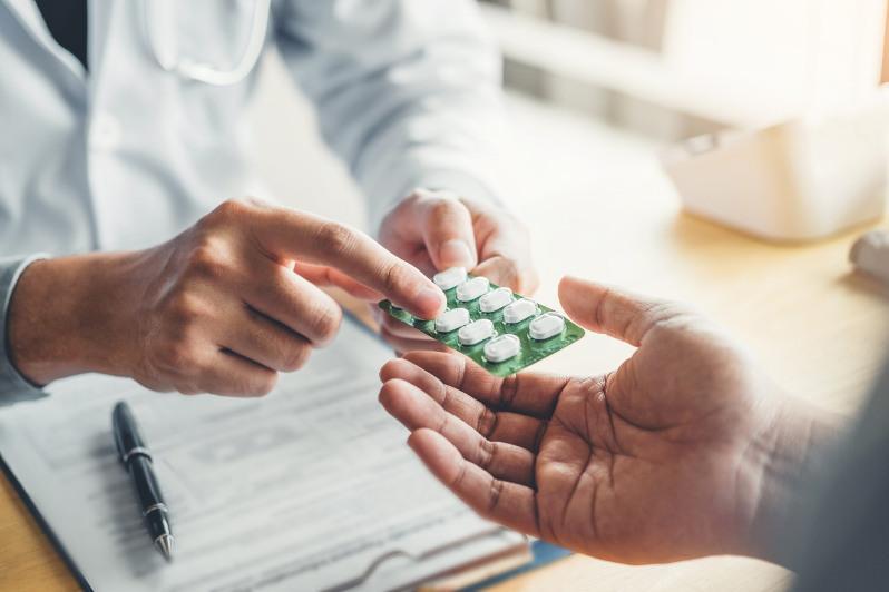 Бесплатные лекарства на 81,9 млрд тенге получили пациенты с КВИ в столице