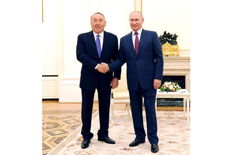 Встреча Нурсултана Назарбаева и Владимира Путина проходит в Кремле
