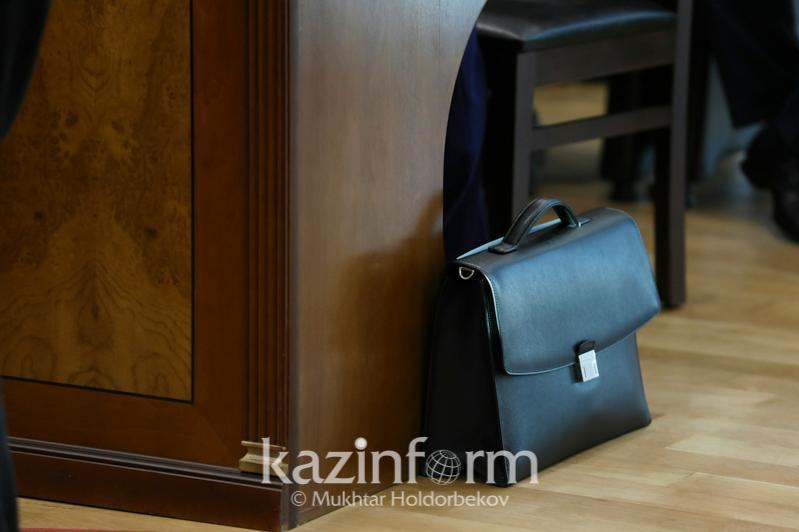 Алмат Байшулаков освобожден от должности завотделом безопасности и правопорядка Администрации Президента РК