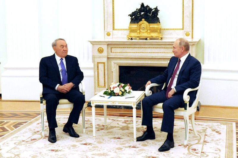 ЕАЭС, коронавирус и останки хана Кенесары. Итоги переговоров Назарбаева и Путина