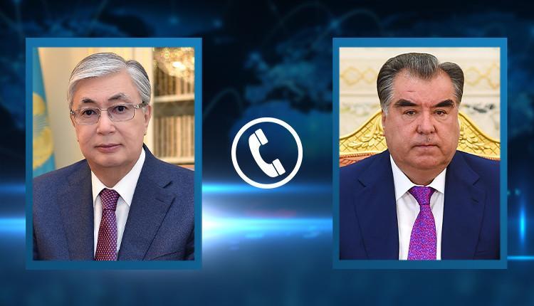 Qasym-Jomart Toqaev Tájikstan Prezıdenti Emomalı Rahmonmen telefon arqyly sóılesti