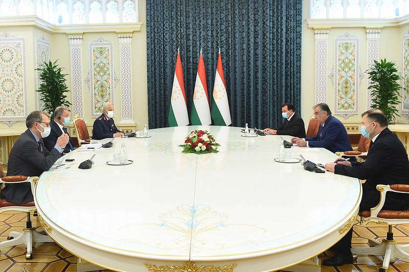 Таджикистан мобилизует 20 тысяч военных из резерва для укрепления границы с Афганистаном