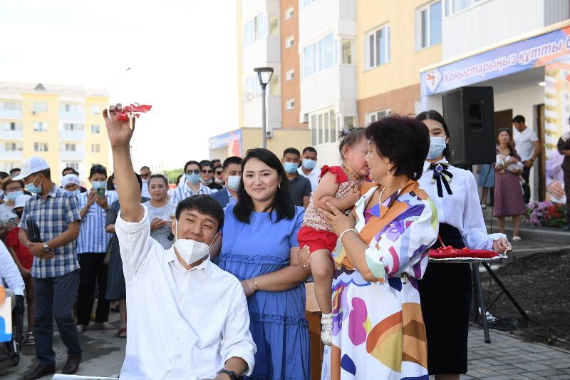Около 200 семей справили новоселье в Алматинской области