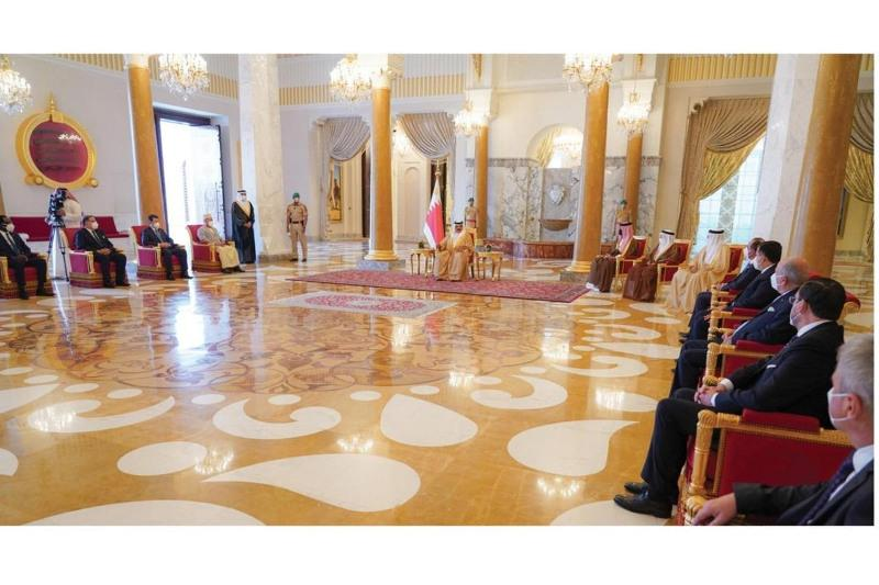 Kazakhstan's ambassador presents credentials to King of Bahrain