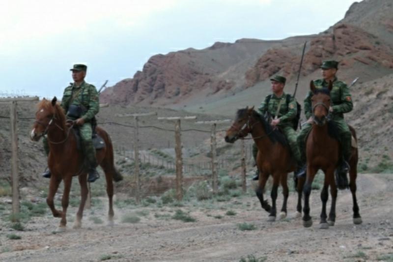 Перестрелка произошла на границе Кыргызстана и Таджикистана