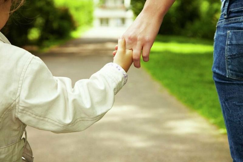 Вводить понятие «мать-одиночка» в Казахстане не планируют - Минтруда