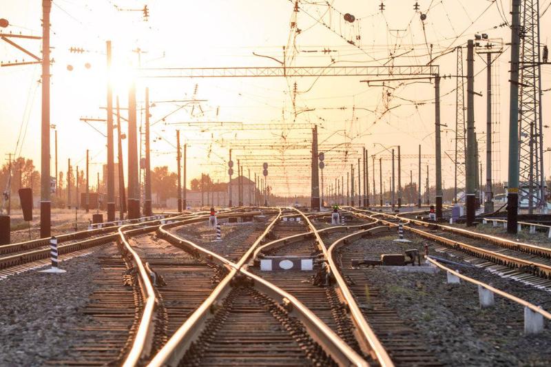 Приступить к строительству ж/д линии между Казахстаном и Узбекистаном намерены в РК