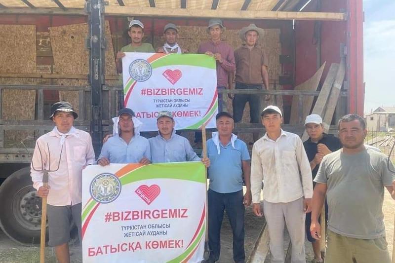 Біз біргеміз: Жетісайлық шаруалар 74 тонна жемшөпті Маңғыстауға жөнелтті
